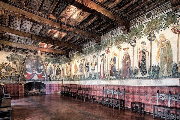 castello della manta, affresco, storia