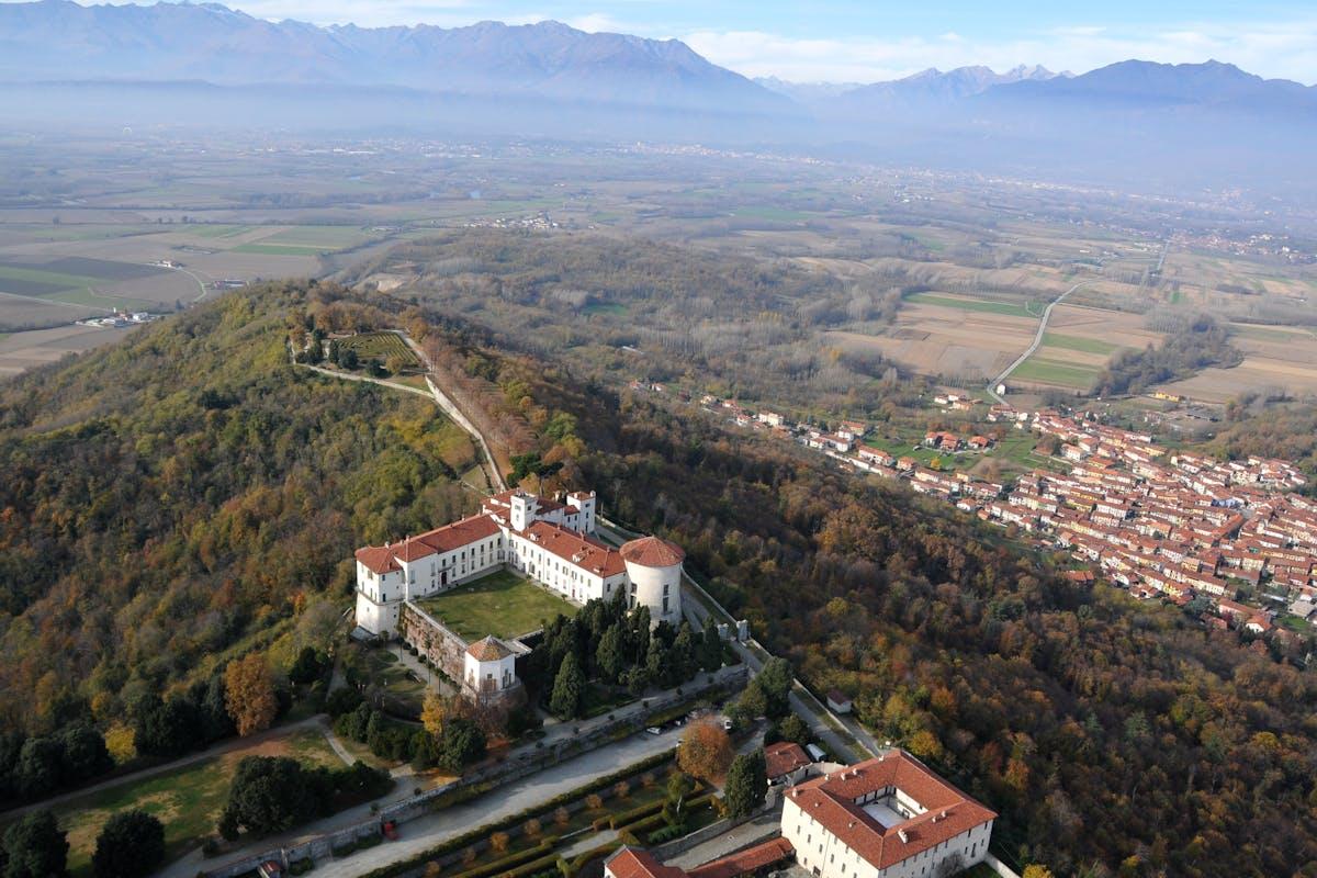 Castello e Parco di Masino, Caravino (Torino)