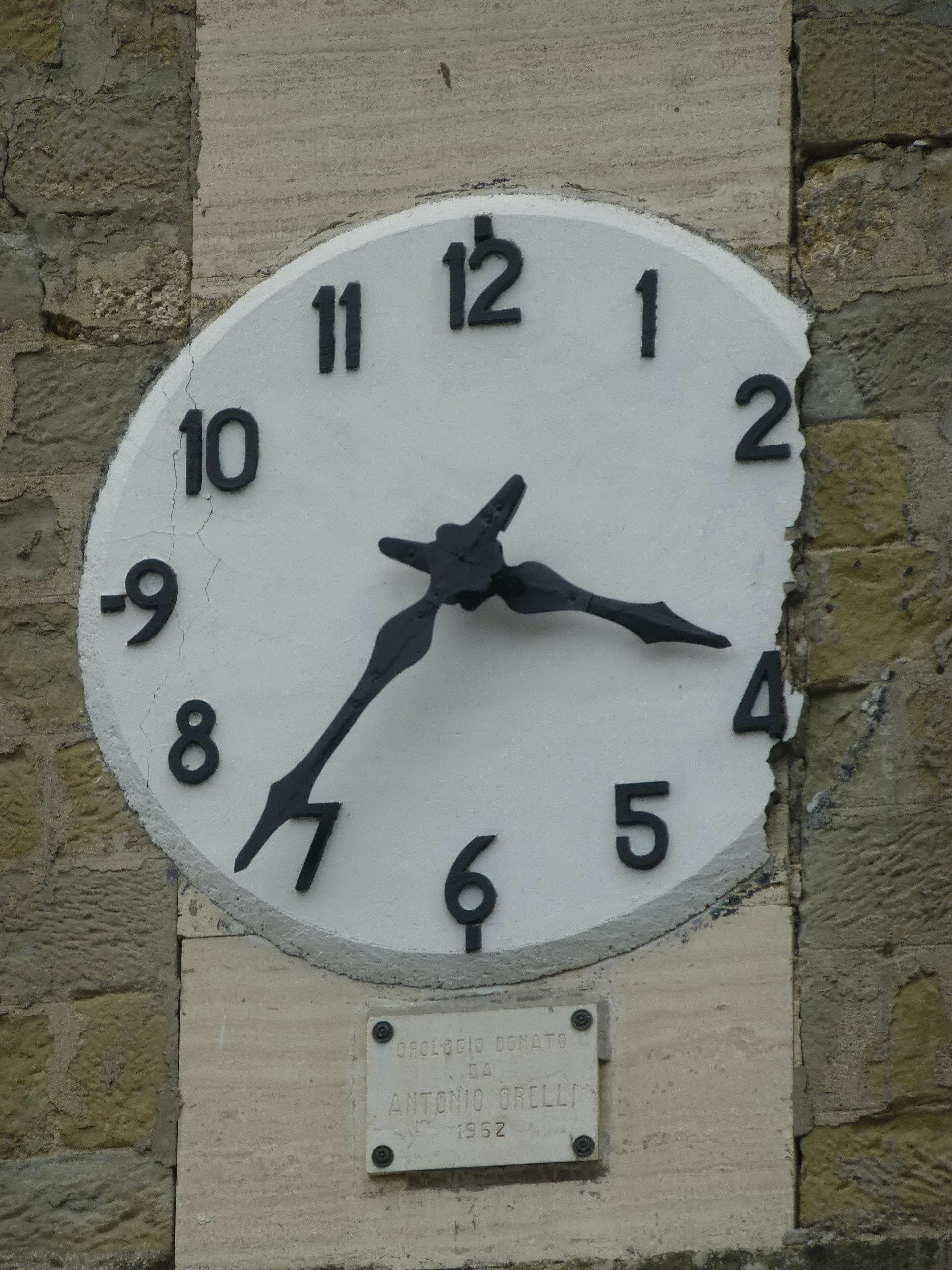 Ad Arquata del Tronto il tempo si è fermato.